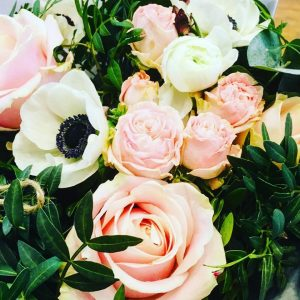 fresh flower delivery in Derby and Derbyshire