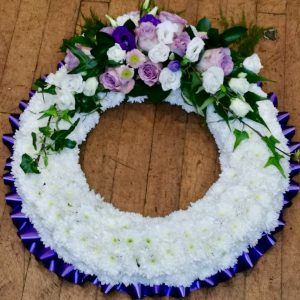 Based funeral wreath Derby